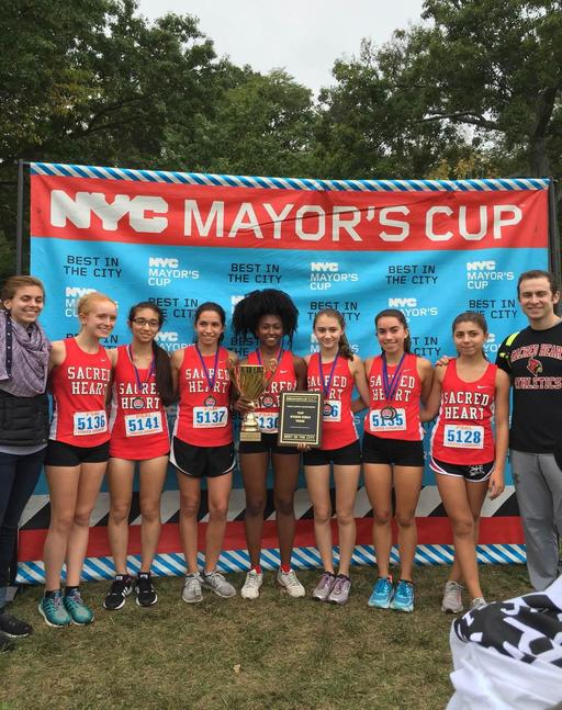 Varsity Cross Country Team Comes in Second at Mayor's Cup